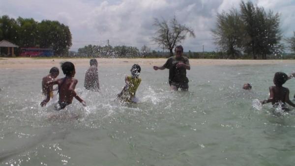 Splashing with Jürgen